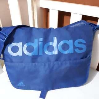 Adidas Messenger bag