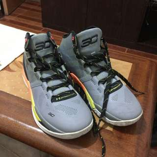 Underarmour sc2 shoes for sale for 3500 package..