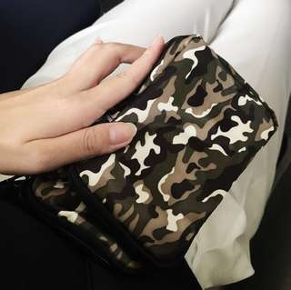 Camo utility pouch