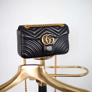 GG MARMONT BLACK FLAP BAG