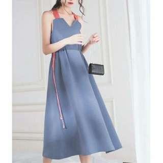 🚚 現貨。超漂亮月光藍撞色肩帶抽繩長洋裝連衣裙吊帶裙