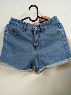 🚚 反摺短褲