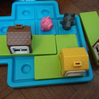 Three little pigs&the big bad wolf puzzled game