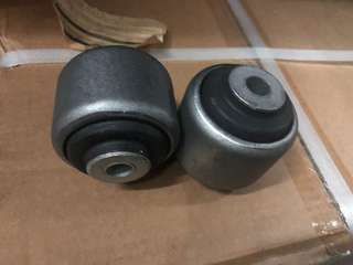 Polyurethane & rubber lower arm bushing (forge)available for common models