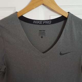 Nike Pro Women's Short Sleeve Shirt