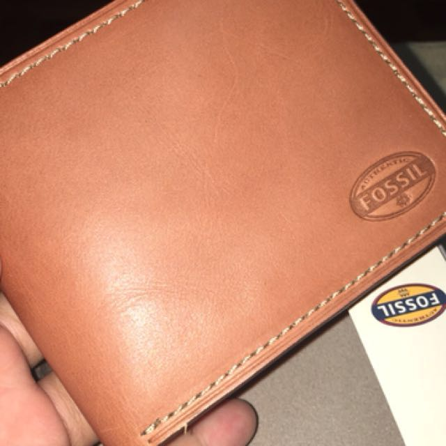 Brand New Fossil Wallet - Selling Low!