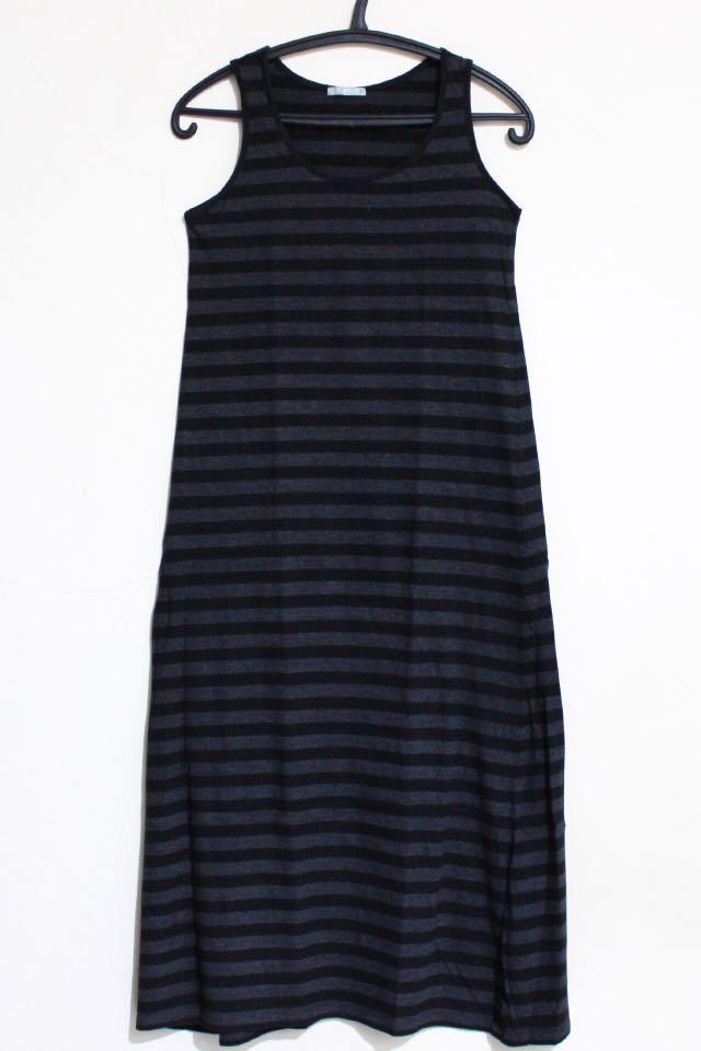 Dress Strip Abu Hitam