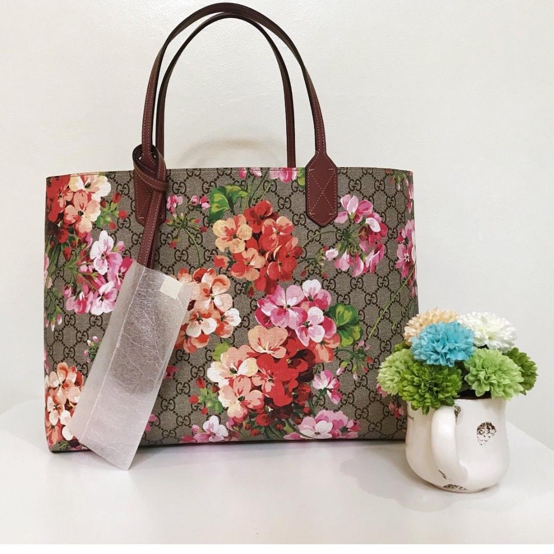 bd280b4e304c Gucci Reversible Turnaround GG blooms medium tote BRAND NEW ...