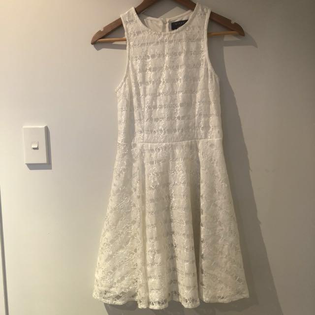 (New) Lace dress