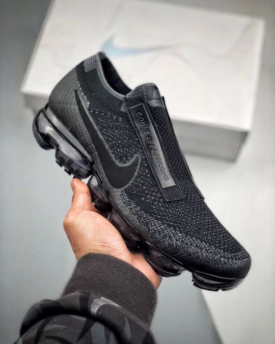 580bcb1b7f8ed ... hot nike air vapormax x cdg mens fashion footwear on carousell 51555  f9971
