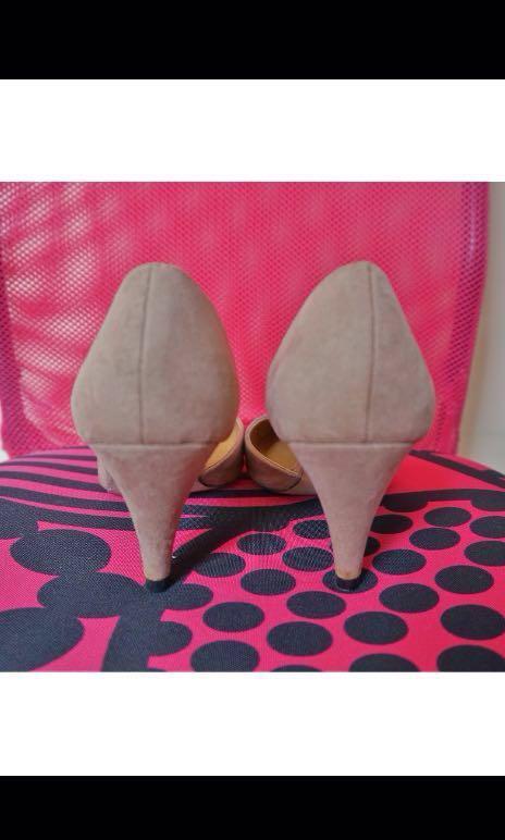 aee3b62ce73 NOSE pointed toe velvet nude kitten heels