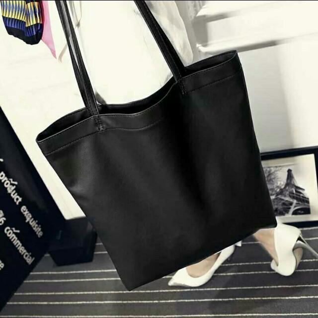 c238bd556c210 PREORDER  Black leather tote bag