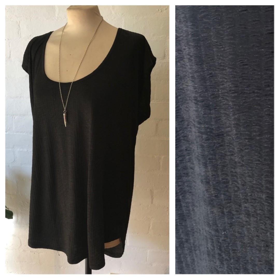 Seed long black top (large)