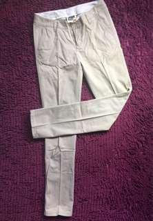Giordano khaki pants #original #everythingmustgo #movingout