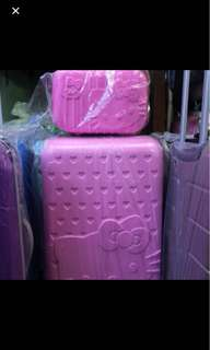 """20"""" Small Hello Kitty Luggage with Small Kit"""