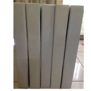 White PVC 2D Ring File 25mm capacity for A4 paper