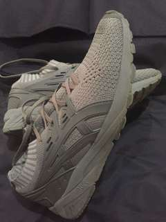 Asics Kayano (100% authentic)