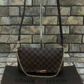 Louis Vuitton Favourite Damier
