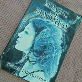 "Novel ""Magic or Madness"" (in bahasa)"