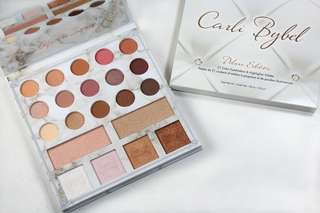 Carli Bybel Deluxe Edition - 21 Color BH Cosmetics Eyeshadow &a Highlighter Palette
