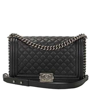 Chanel New Medium Boy Caviar