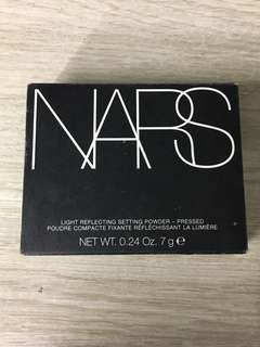 NARS Light Reflecting Setting Powder 'Translucent'