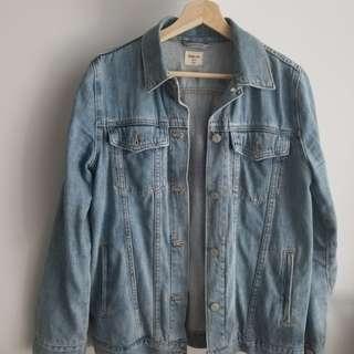 Besy offer!! GAP denim jacket Size XS