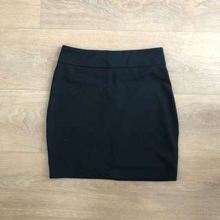 Tobi Black skirt