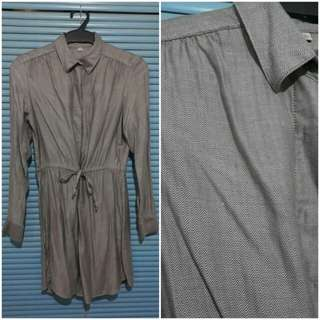 Uniqlo metalic silver color button down dress