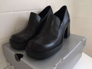 Aldo Black Chunky Shoes / Women's Sz 8