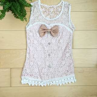 Soft pink lace tank too