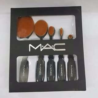 Brush oval set mac isi 5
