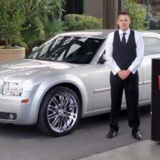 Valet Drivers 9pm - 4/5am or 10.30pm to 5/6am( URGENT )