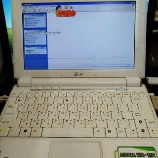 華碩ASUS(Eee PC)小型全白色NOTEBOOK