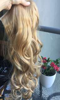 Hair extensions with clips New never used natural blonde