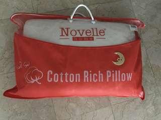 Novelle comfortable Memory Pillow
