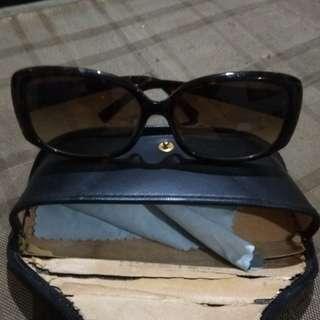 Kacamata bulgari asli.