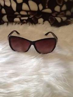authentic Kenneth Cole Reaction Shades