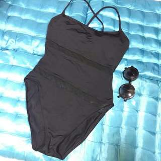 One piece swimwear m-l