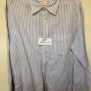 Preloved Gap long sleeve shirt