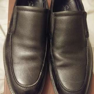 Men's leather shoes size 41
