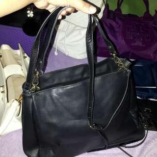 Black Parfois 2-way bag