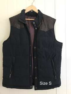 Sleeveless Leather Trim Puffer Jacket