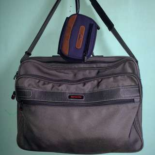 Samsonite Classic Messenger/Boarding Bag by Ace Luggage of Japan Comes with a Samsonite Pouch
