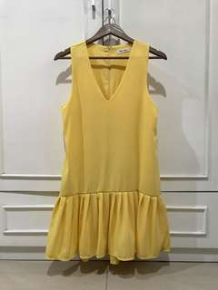 Yellow short dress overall outer sleeveless