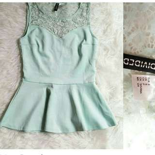 H&M DIVIDED tosca peplum