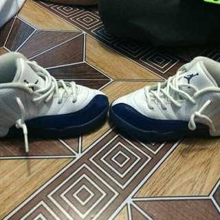 Orig jordan12 Size 10c w/box no issue