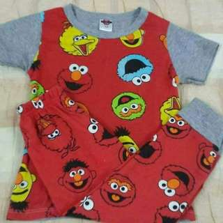 Elmo Tshirt and pyjamas