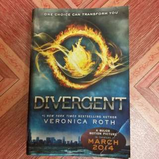 Divergent (Veronica Roth)
