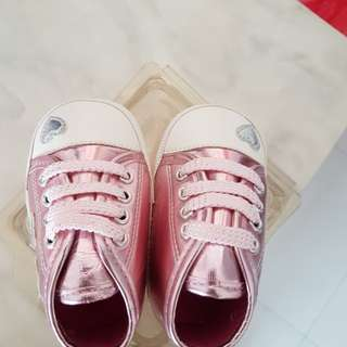 Baby shoes 9-12m